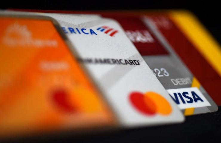 Prelievi Bancomat: possibili rincari per i consumatori, la decisone in mano all'Antitrust
