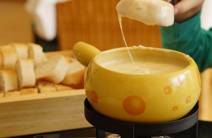 Come preparare la fonduta in poche semplici mosse