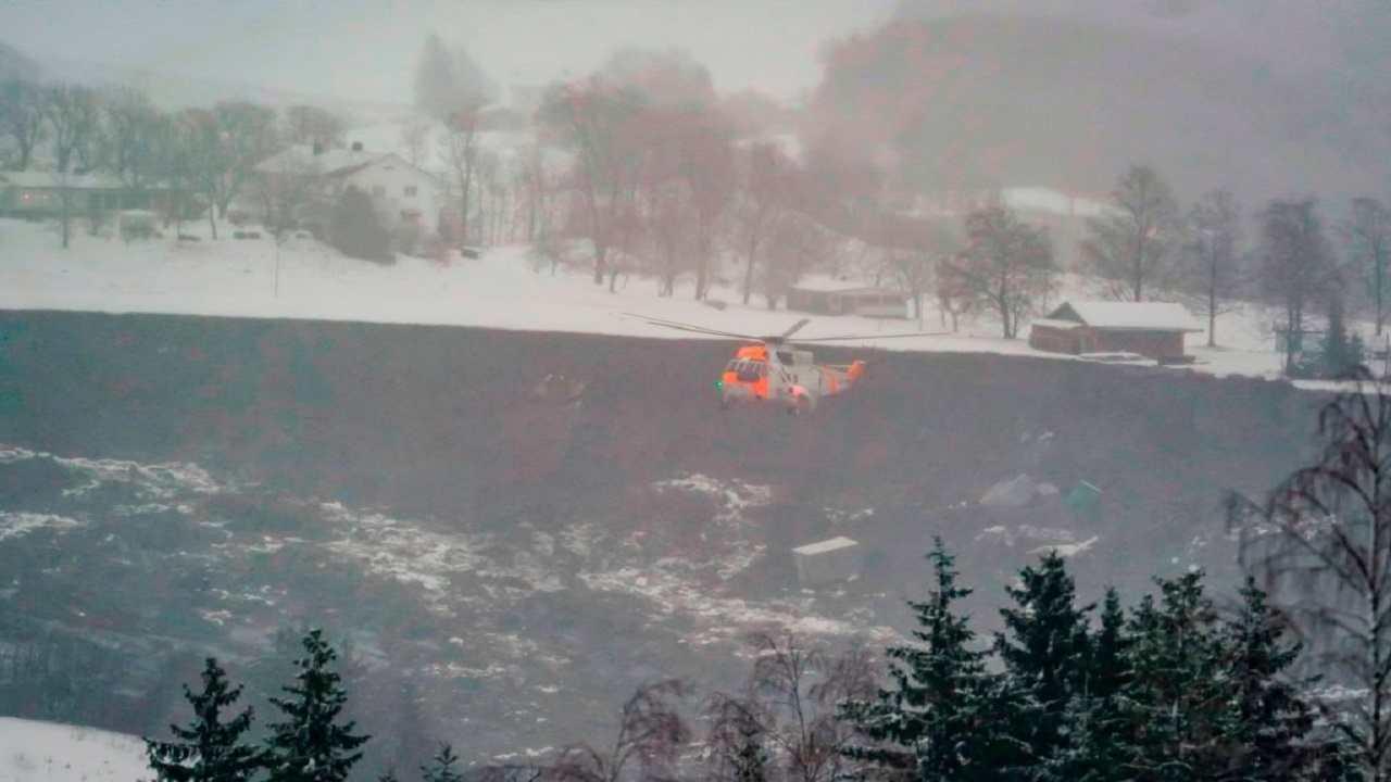 Frana Norvegia feriti dispersi