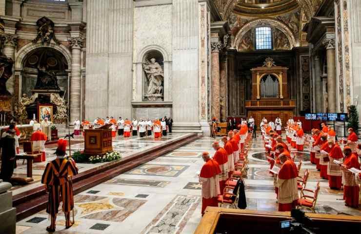 Messe di Natale, dall'Ue arrivano nuove disposizioni per le celebrazioni