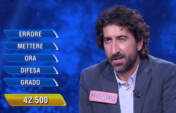 Campione de L'eredità sbaglia apposta, perde 180mila euro: ma qualcosa va storto