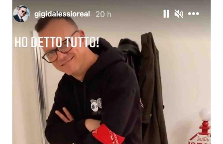 Gigi D'Alessio dimentica anna impasse