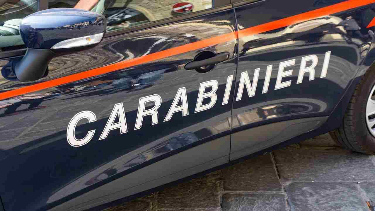 Ancona cadavere semi carbonizzato