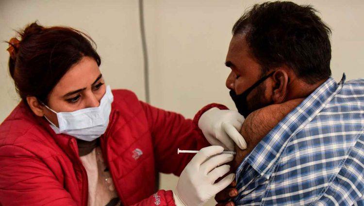 colchicina riduce rischio di infezione da SARS-CoV-2