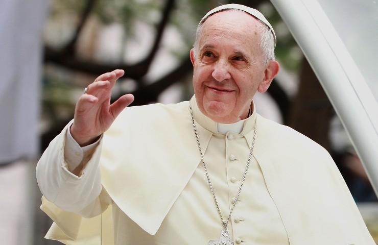 Il pontefice ha annunciato la data di Pasqua 2021, fissata per domenica 4 aprile.