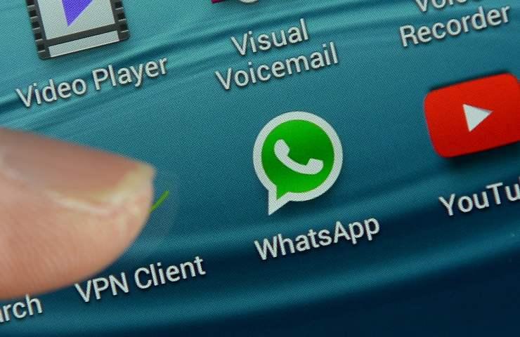 WhatsApp, nuove regole