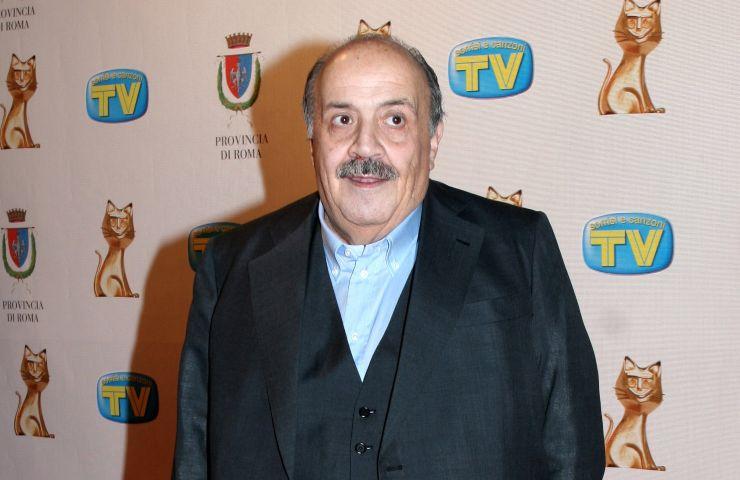 Maurizio Costanzo canale 5 verità vaccino
