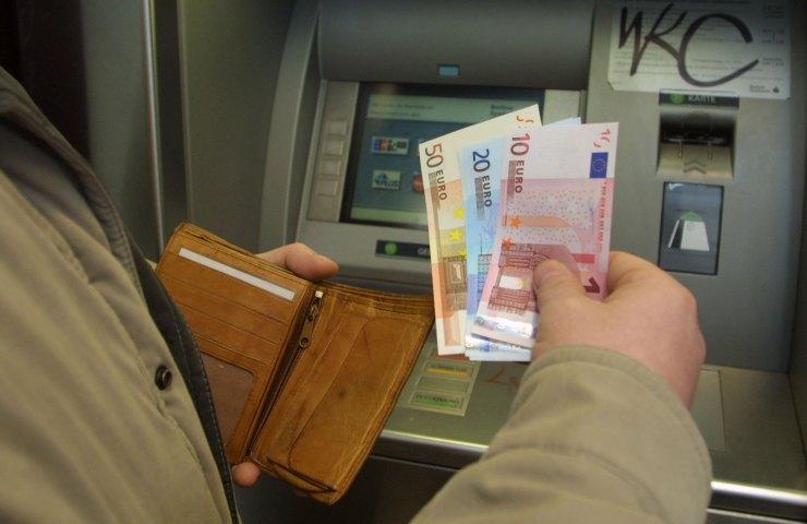 cento euro a quali categorie di lavoratori
