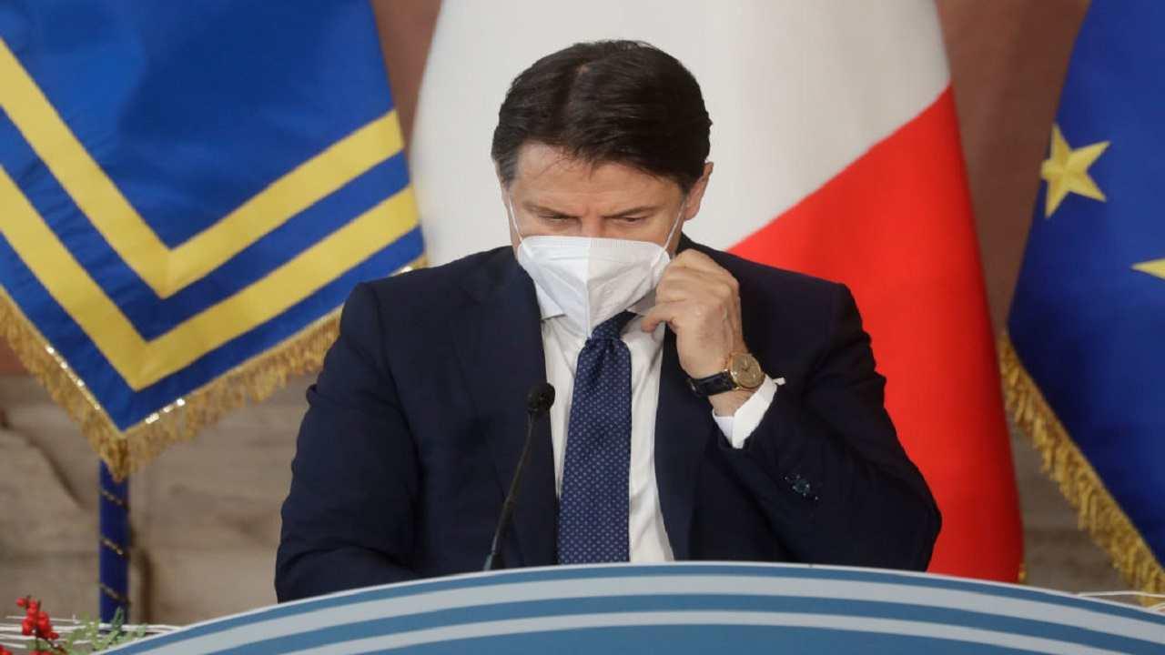 Giuseppe Conte accetta dimissioni crisi governo