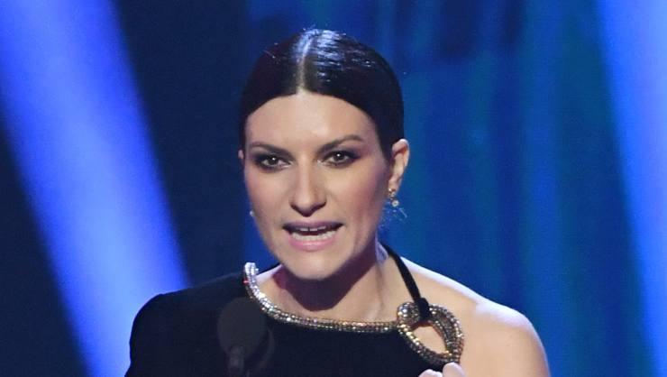 Laura Pausini retroscena la solitudine