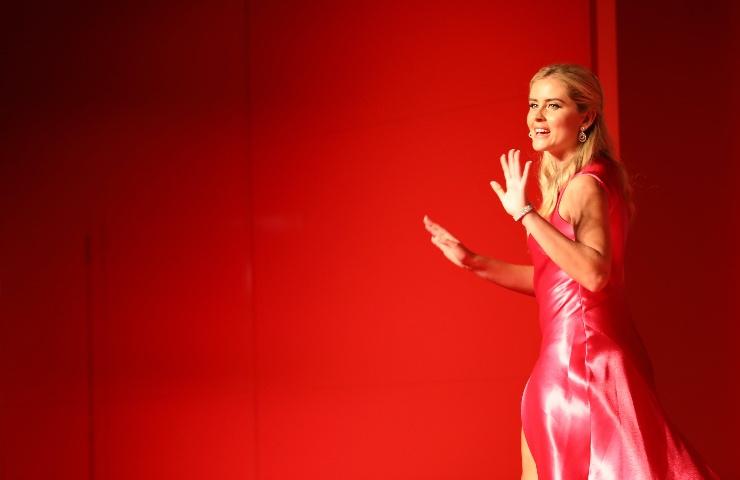 Valentina Ferragni abito Prada fashion week 2021