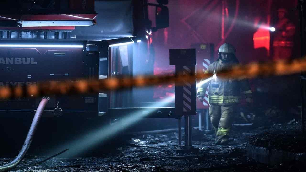Incendio casa bambini morti