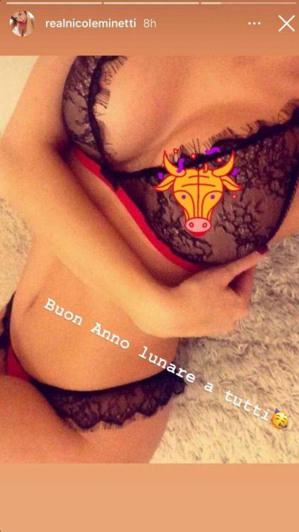 Nicole Minetti scatti proibiti intimo censura