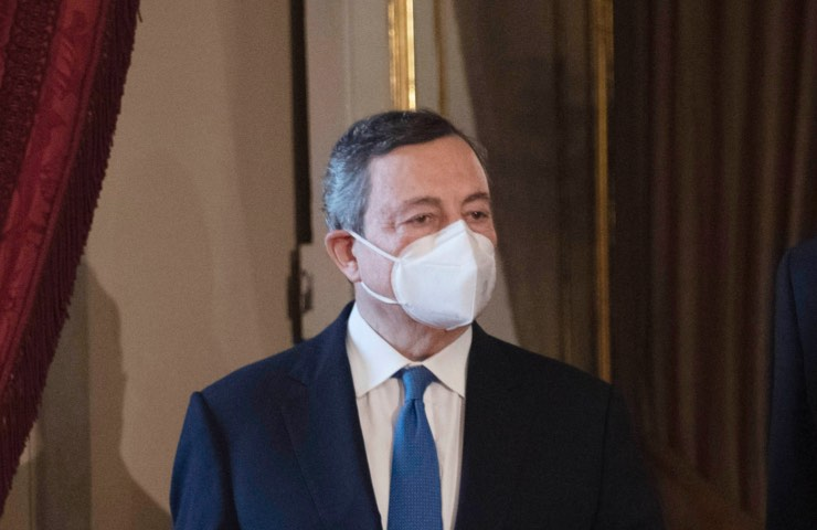 Mario Draghi vaccini insegnanti
