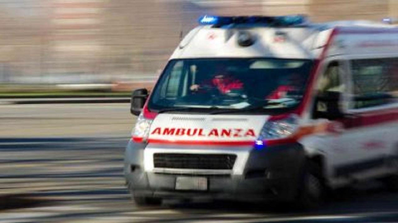 Civitavecchia ragazza 17 anni muore precipitando finestra