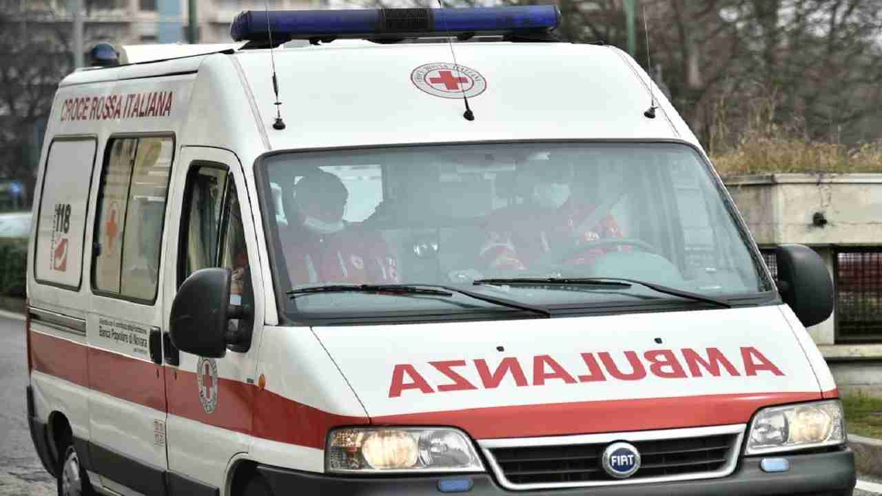 Bari incidente muore una ragazza