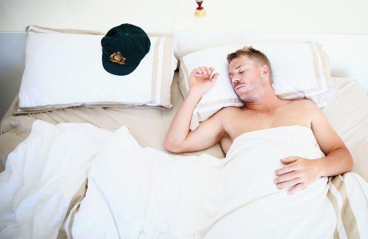 Lamentarsi nel sonno