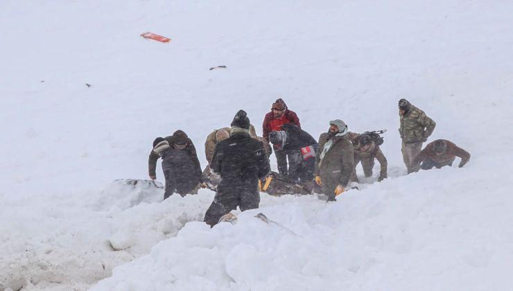 I soccorsi dopo le valanghe - Getty Images