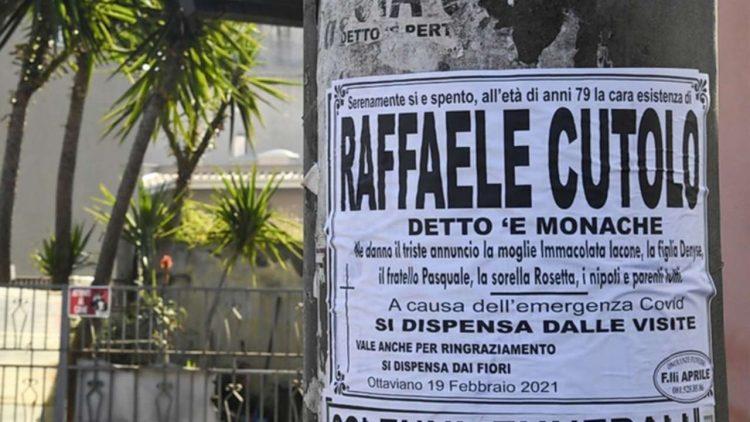 Manifesti funebri per Raffaele Cutolo - dal web