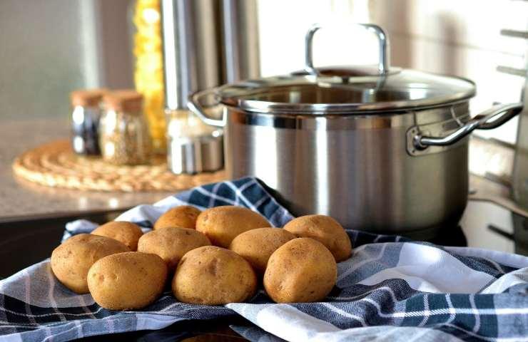 Ricetta torta di patate e salsiccia