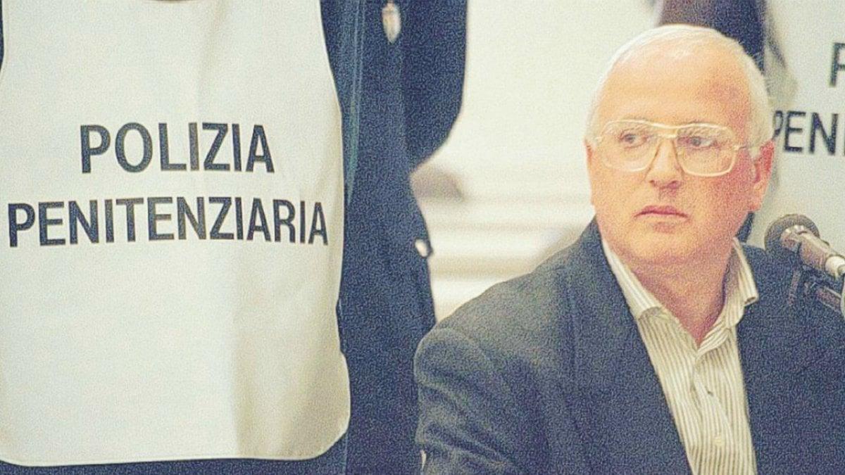Morto Raffaele Cutolo, era il camorrista più famoso d'Italia