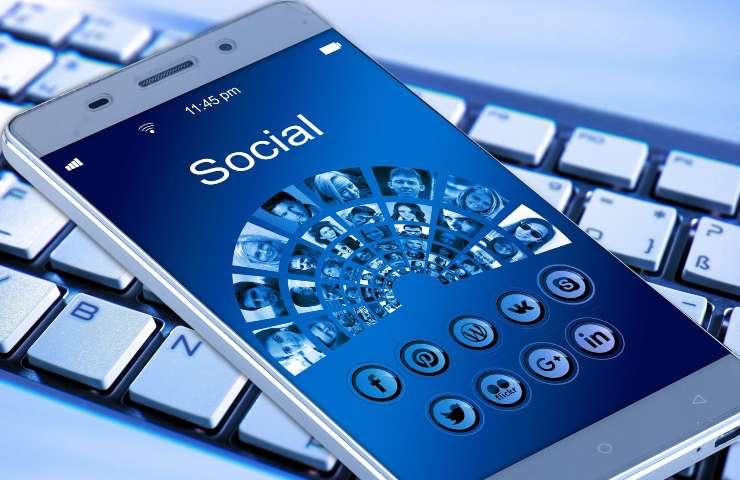 Clubhouse: nuovo social esclusivo