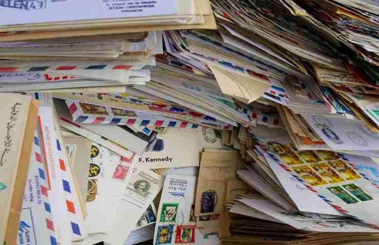 inviare posta raccomandata