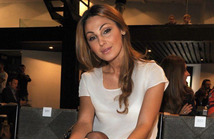 Anna Tatangelo stufa falsi gossip