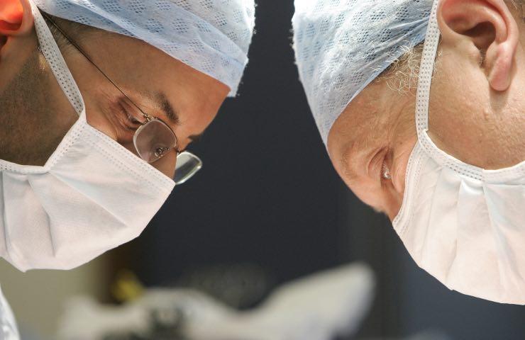 Trapianto bimbo cuore artificiale