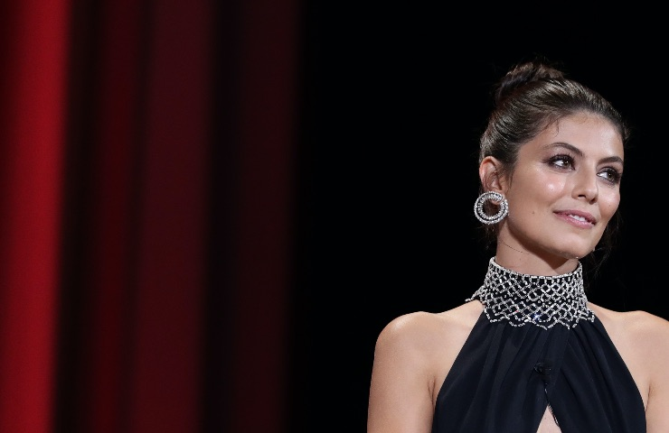 Alessandra Mastronardi bracciale Bulgari Primavera 2021