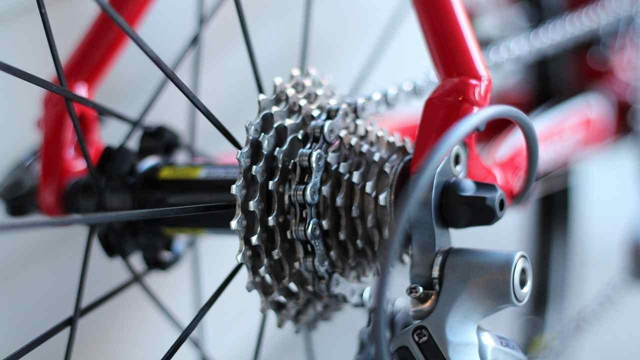 Montecatini incidente bici muore donna