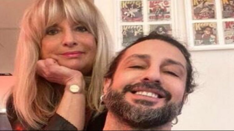 La madre di Fabrizio Corona risponde a Celentano
