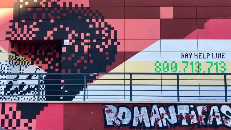 Roma inaugurazione murale gay help line