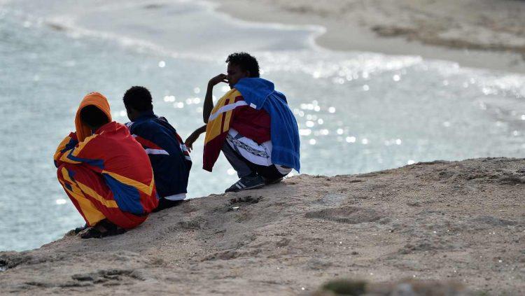 libia morti mediterraneo tre bambini due donne