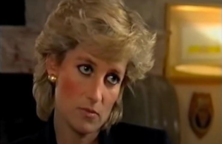 Diana Spencer intervista 1995 estorta documenti falsi