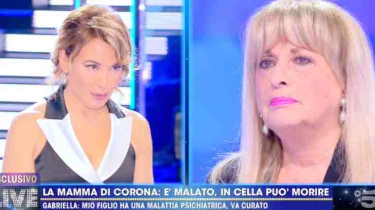 Fabrizio Corona madre ospite D'Urso