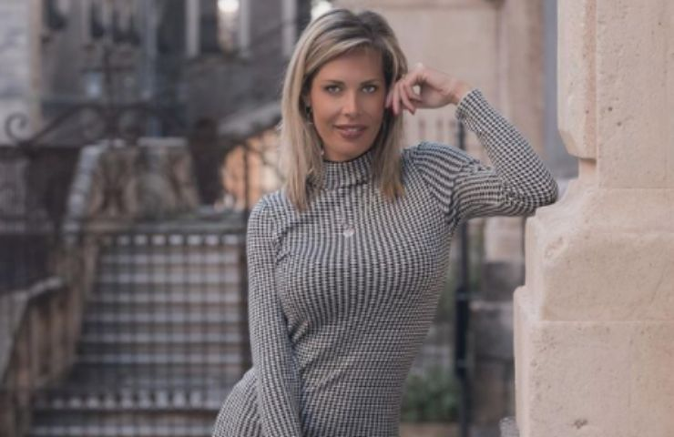 Laura D'Amore nuovo look