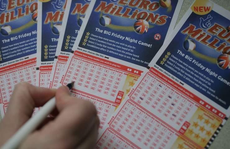 Vincono alla lotteria