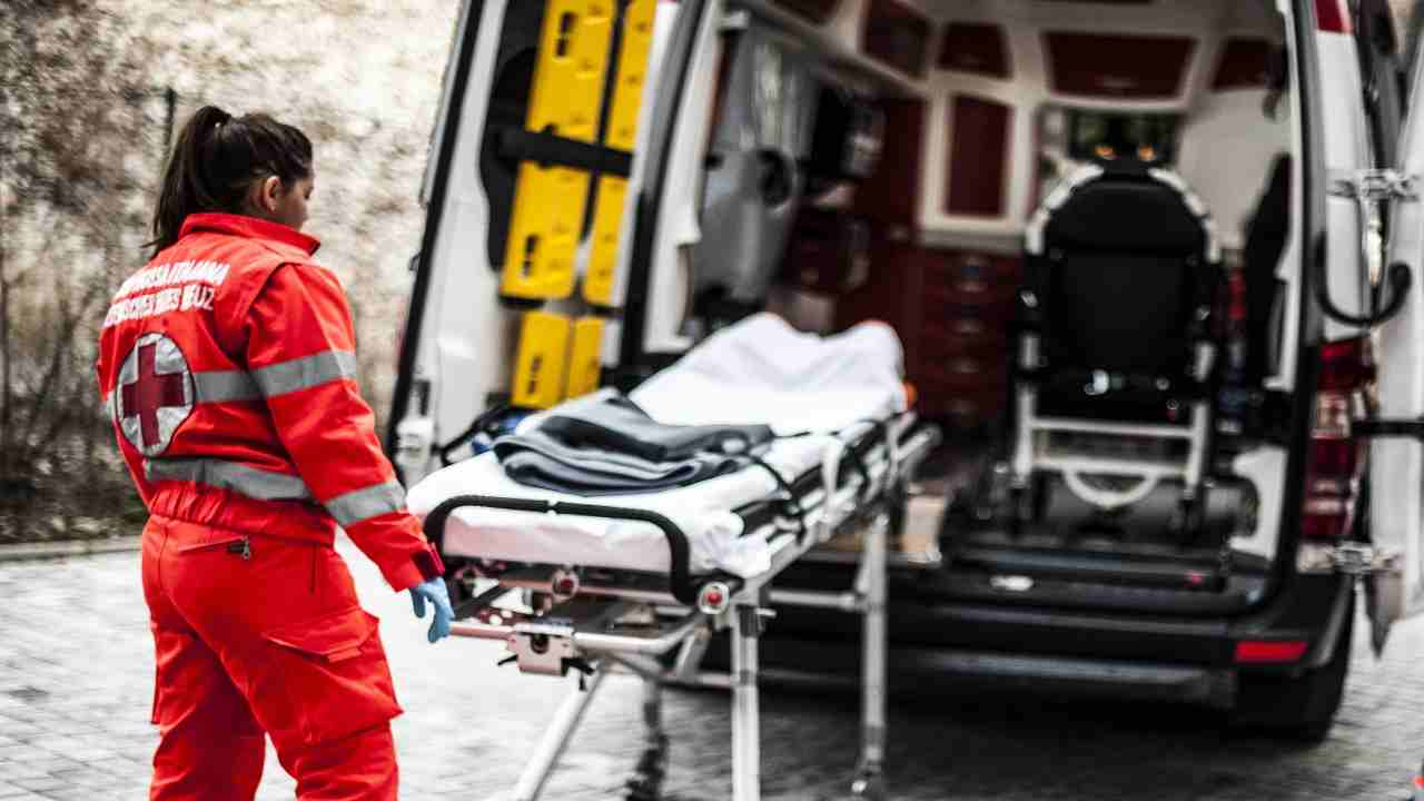 Milano incidente moto morto uomo