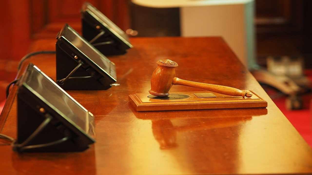 Usa 14enne accusato omicidio abusi bambina