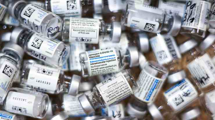 Vaccini Johnson e Johnson aprile italia