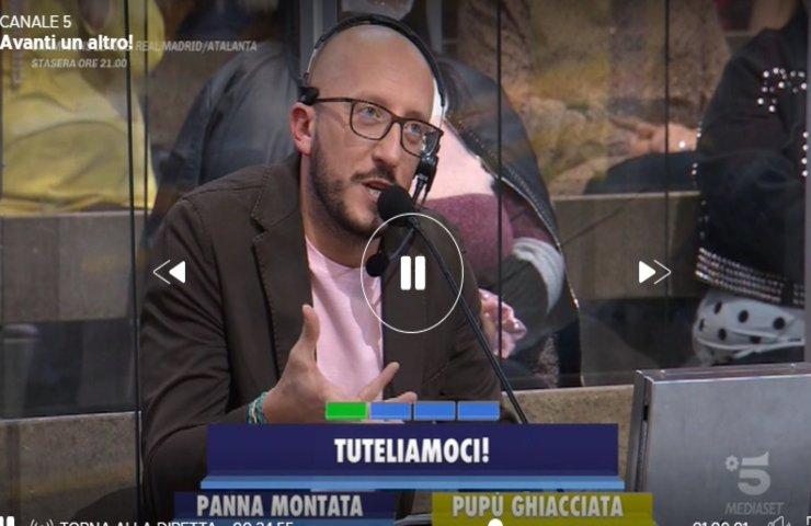 Paolo Bonolis ferma Avanti un altro delirio