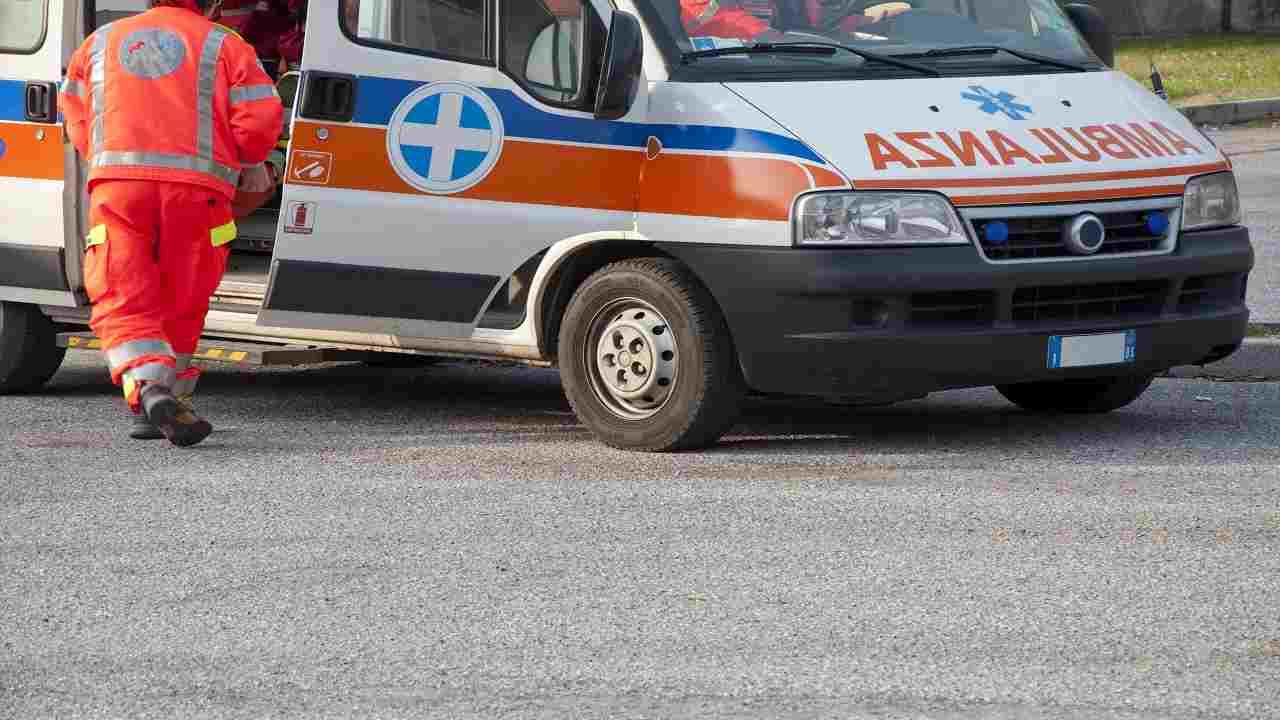 Pordenone incidente stradale morto operaio