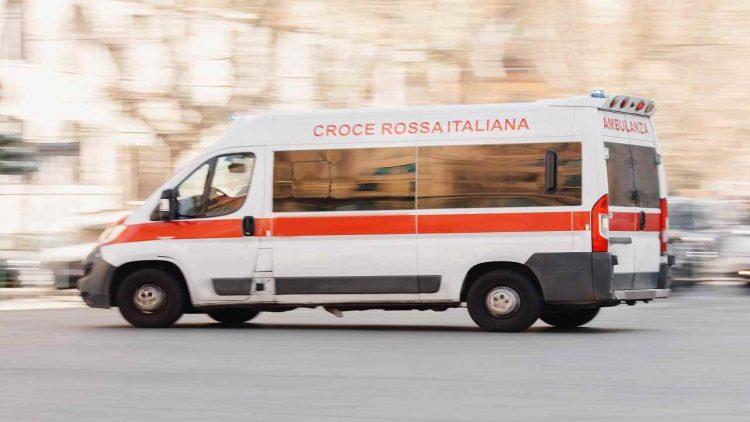 Palermo senzatetto morto piazzale Ungheria