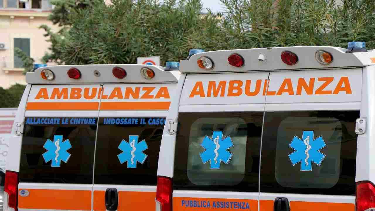 Lecce incidente provinciale morto uomo