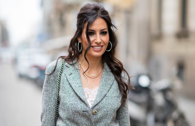 Elisabetta Gregoraci abito rosso primavera 2021