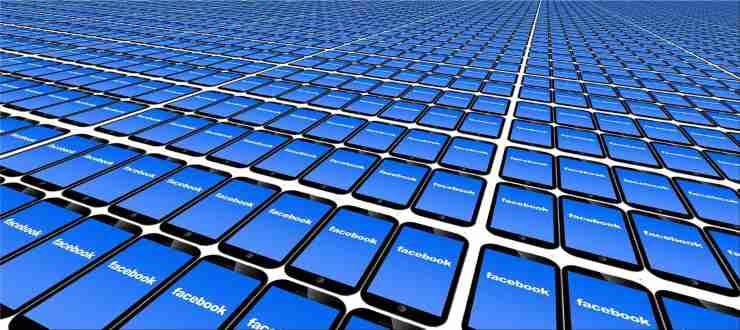 Facebook milioni dati esposti