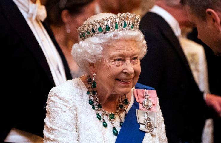 Regina Elisabetta non abdicherà