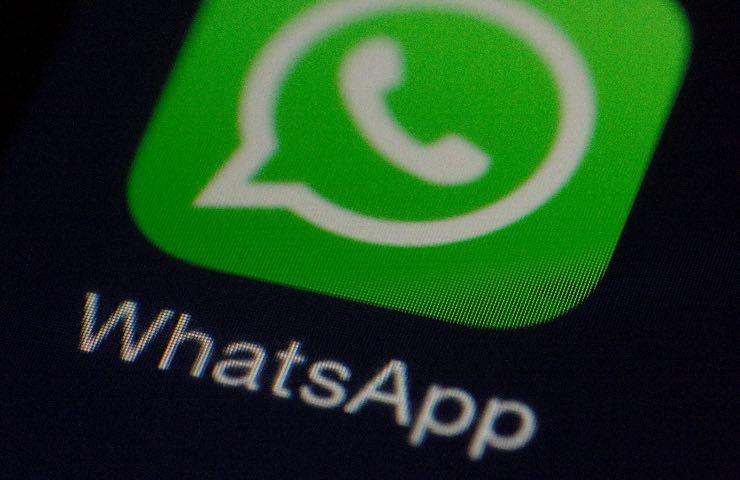 WhatsApp chat segreta trucco nascosta