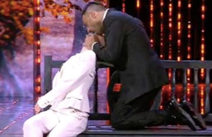 Laura Chiatti Amedeo bacio bocci